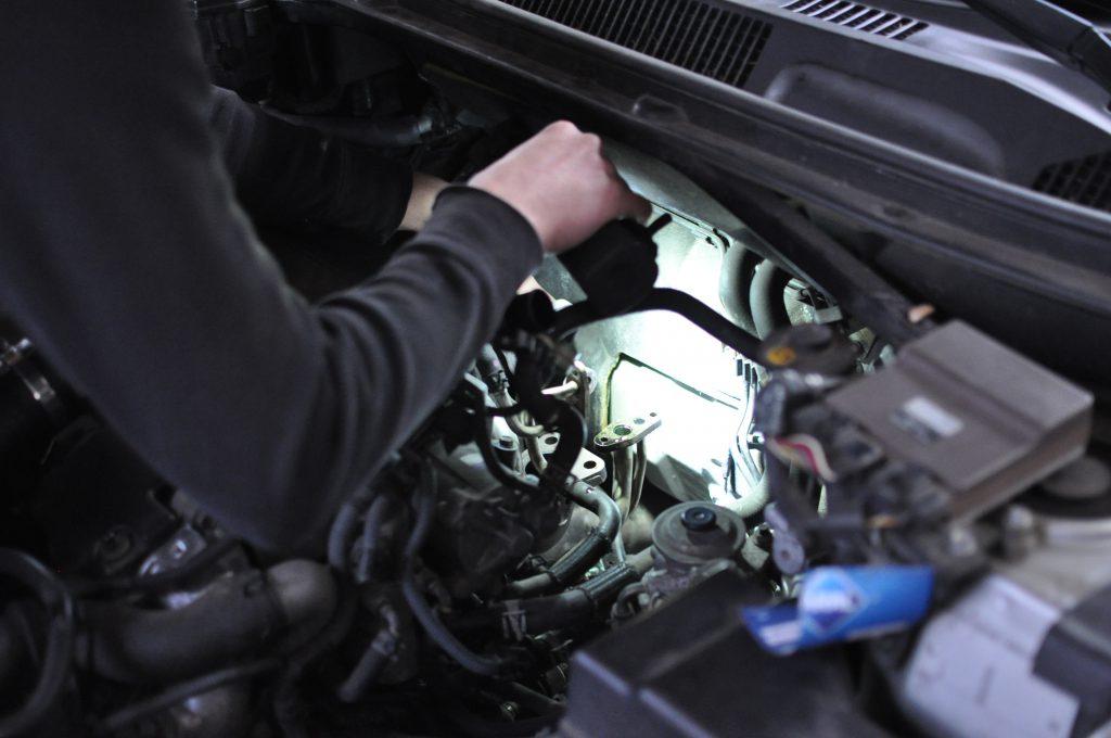 Eine KFZ-Inspektion nach Herstellervorgaben wird vom Kfz-Meister persönlich durchgeführt
